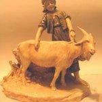 Bibelou fata cu capra
